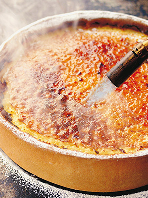Рецепт «Лимонный тарт» из книги Мишеля Ру «Выпечка сладкая и несладкая».
