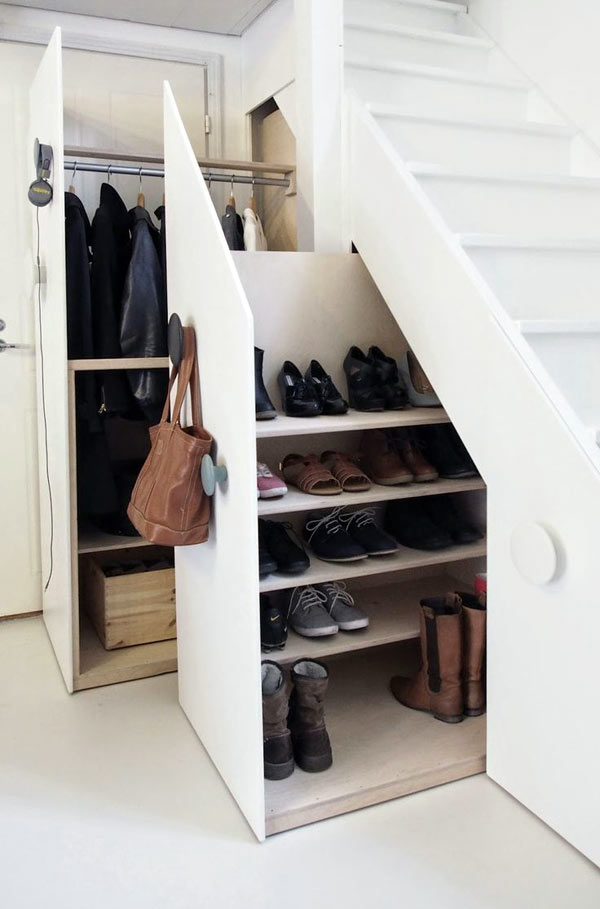 удобное хранение обуви под лестницей картинки чтобы вашу