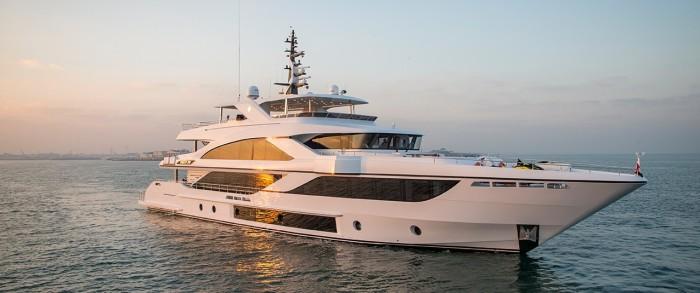 Роскошные яхты, представленные на показе в Дубае