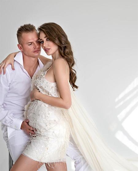 Дмитрий Тарасов и Анастасия Костенко ждут второго ребенка Дети,Беременные звезды
