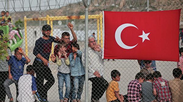 Турция угрожает Европе миллионами беженцев. Европа надеется, что это блеф