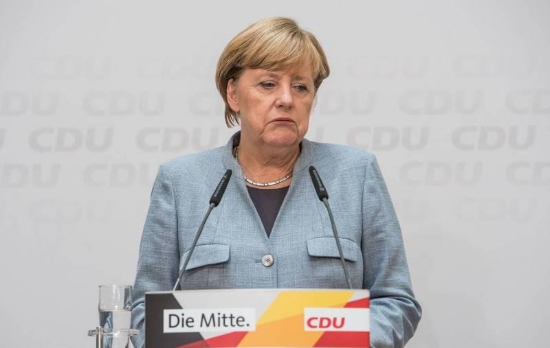 Рейтинг правящей в Германии коалиции во главе с Меркель упал до антирекордных значений Новости