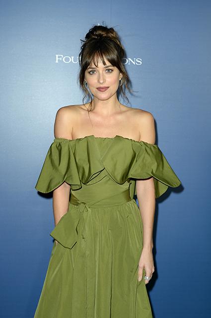 Мелани Гриффит рассказала, что думает о возлюбленном дочери Дакоты Джонсон Крисе Мартине Звездные пары