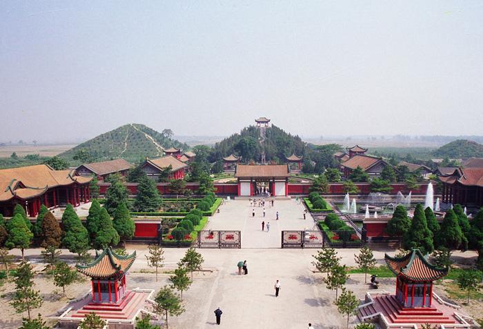 Засекреченные древние китайские пирамиды