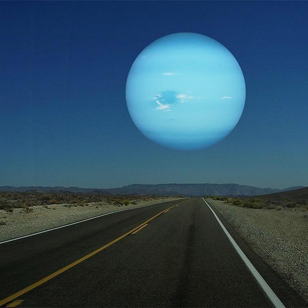 Что будет, если заменить Луну планетами Солнечной системы