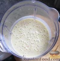 Фото приготовления рецепта: Зимний смузи из яблока, банана и киви - шаг №5