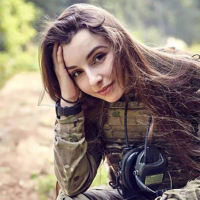 Девушки в военном картинки