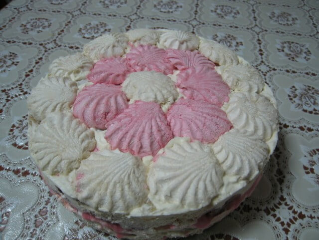 Этот изысканный тортик из зефира стал частым гостем на нашем столе
