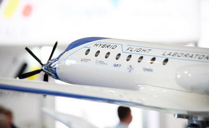 «Русский самолет Су-2020 поставит весь авиационный мир на уши»