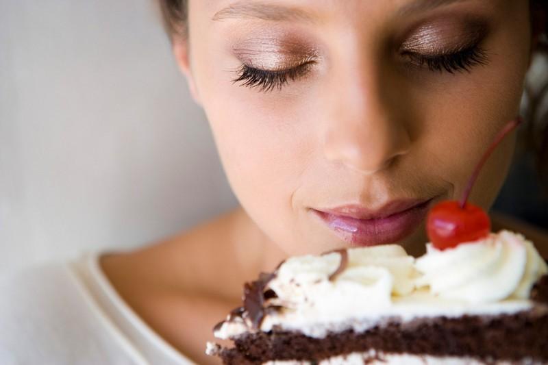 16. Женщины лучше мужчин отличают оттенки сладкого вкуса. женщина, интересное, тело, факты
