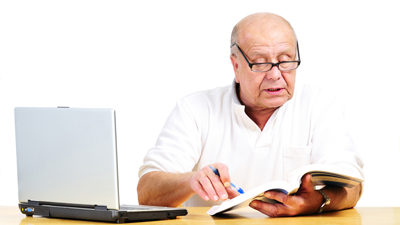 Общение в интернете помогает пожилым людям избегать депрессии