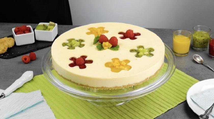 Фруктовый торт без выпечки: невероятно красивый десерт