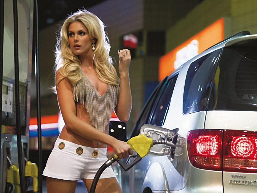 ФСБ раскрыла неожиданную причину недолива бензина на заправках