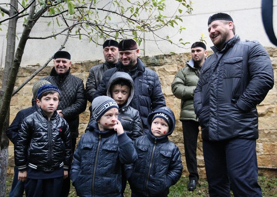 ЧЕЧНЯ. Этика чеченцев: принципы воспитания мальчиков.