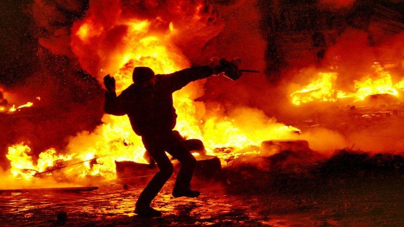Израильские журналисты нашли сходства между событиями на Майдане и свержением Чаушеску в 1989 году