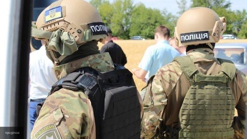 МВД Украины отправило в город Покровск в Донбассе спецназ разогнать митинг у избиркома