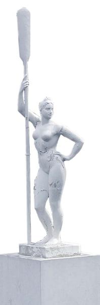 Гипсовая «Девушка с веслом»  в советское время стояла почти в каждом парке культуры и отдыха.