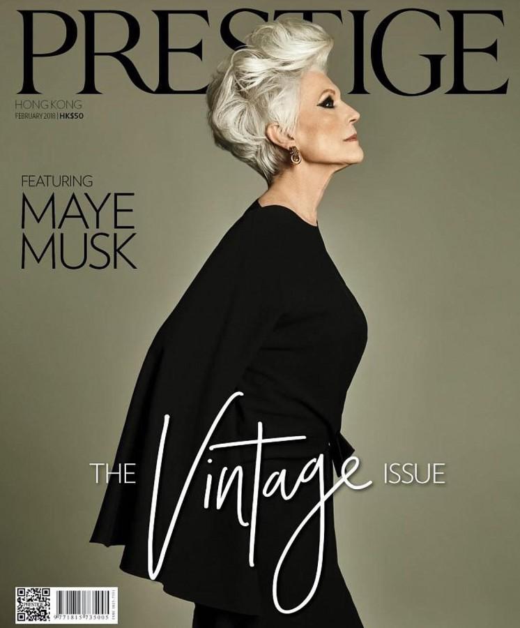 Ей 69, и она одна из самых популярных моделей в мире