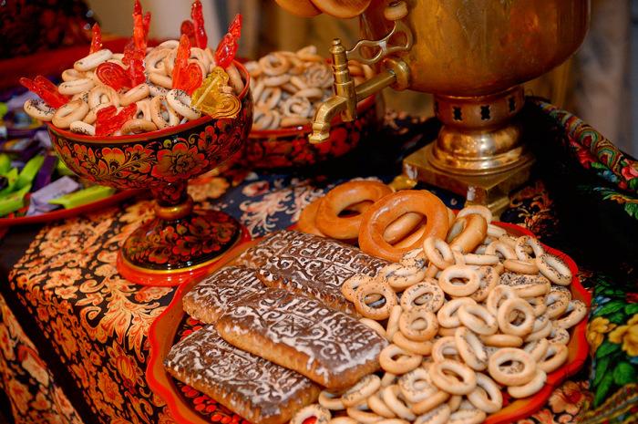 Конфетки-бараночки: Как появились в России традиционные сладости