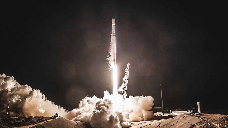 SpaceX отменила запуск Falcon 9