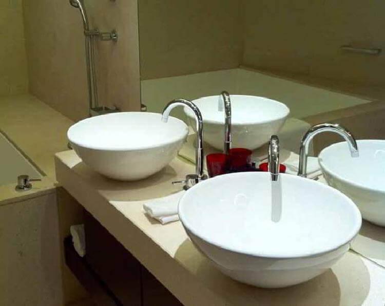 А вы знали, как поступают с остатками мыла в отелях?