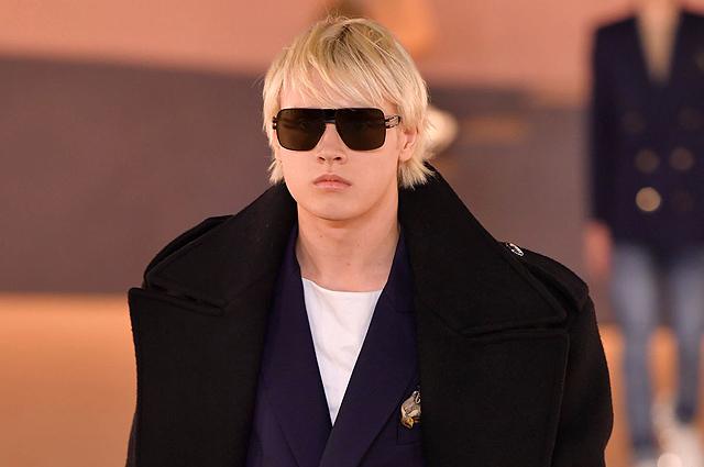 Старший сын Натальи Водяновой принял участие в показе Balmain в Париже