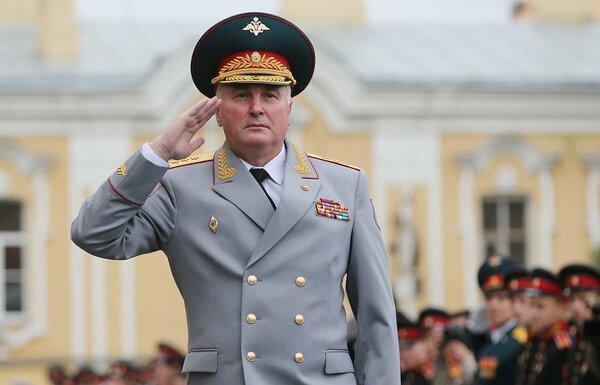 Генерал Картаполов: Армия должна влиять на политику в стране