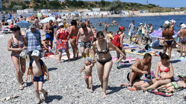 Более 200 тысяч украинцев отдохнули в Крыму