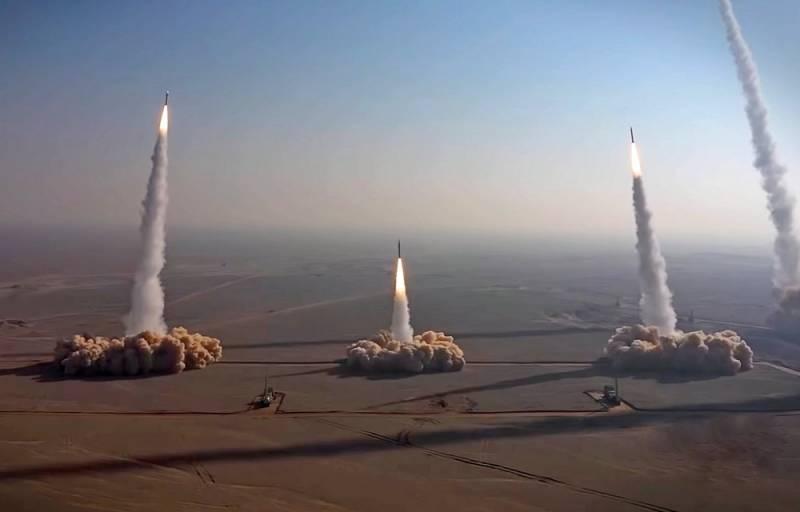Как в США отреагировали на удары иранских ракет в 100 милях от авианосной группы Новости