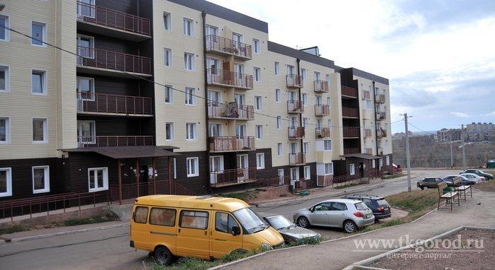 Новостройки в Братске превратились в помойки за год (8 фото + 1 видео)