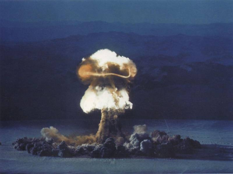 Стоит ли ожидать возвращения нейтронной бомбы?
