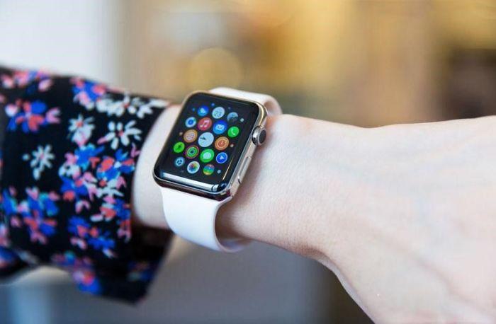 Многие просто не представляют свою жизнь без часов Apple Watch. /Фото: img.tsn.ua