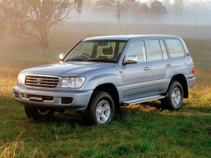 Дорогой и серьезный автомобиль. /Фото: motoimg.com.
