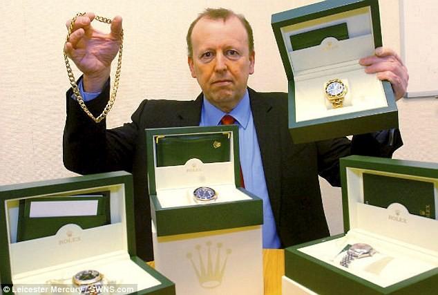 Полицейские заработали 1,5 миллиона фунтов на продаже предметов роскоши, изъятых у преступников