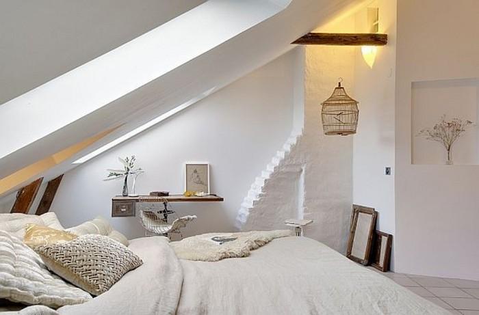 Спальня в мансарде скандинавская