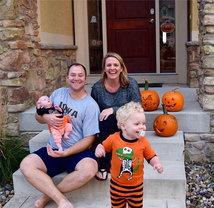 Суррогатные мамы помогли отчаявшейся паре стать счастливыми родителями