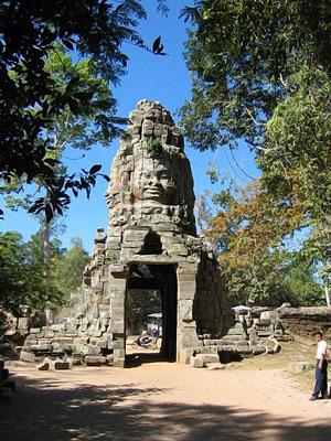 Древние храмы Ангкора
