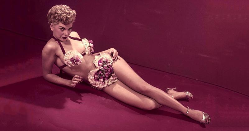 Джентльмены предпочитают блондинок: 17 звездных красоток из 50-х, по которым могли бы сохнуть наши дедушки