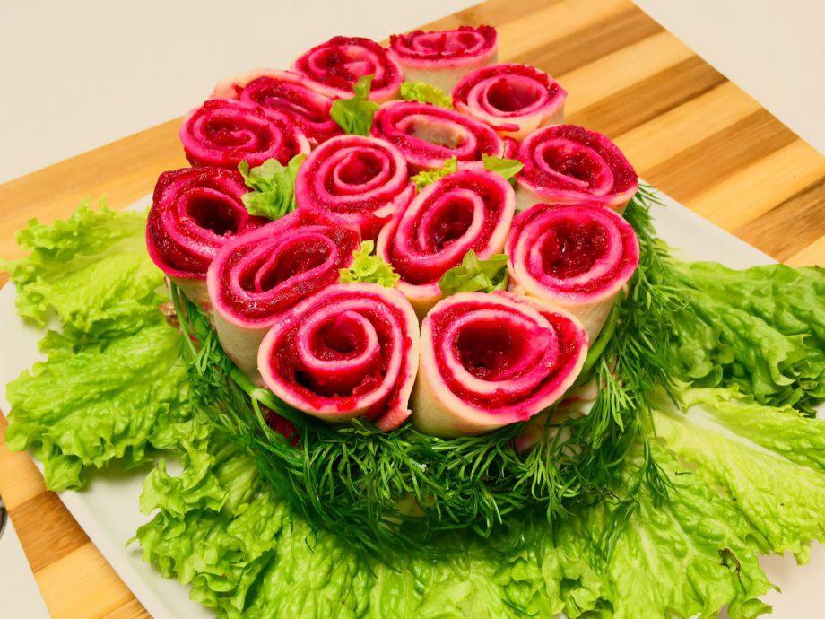 Настоящее украшение стола. Этот салат станет идеальным дополнением праздничного стола