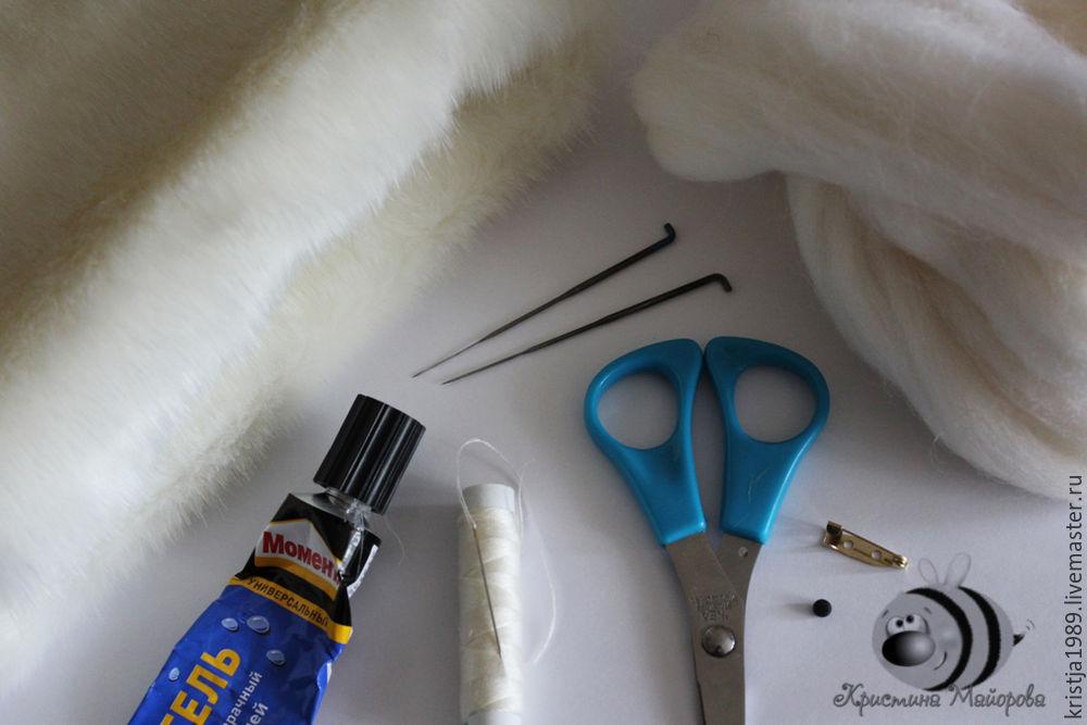 Повод не выбрасывать обрезки:  брошка-зайка своими руками