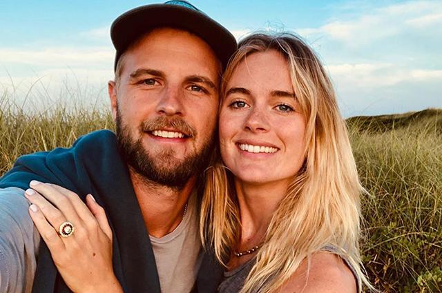 Бывшая возлюбленная принца Гарри Крессида Бонас тайно вышла замуж Звездные пары