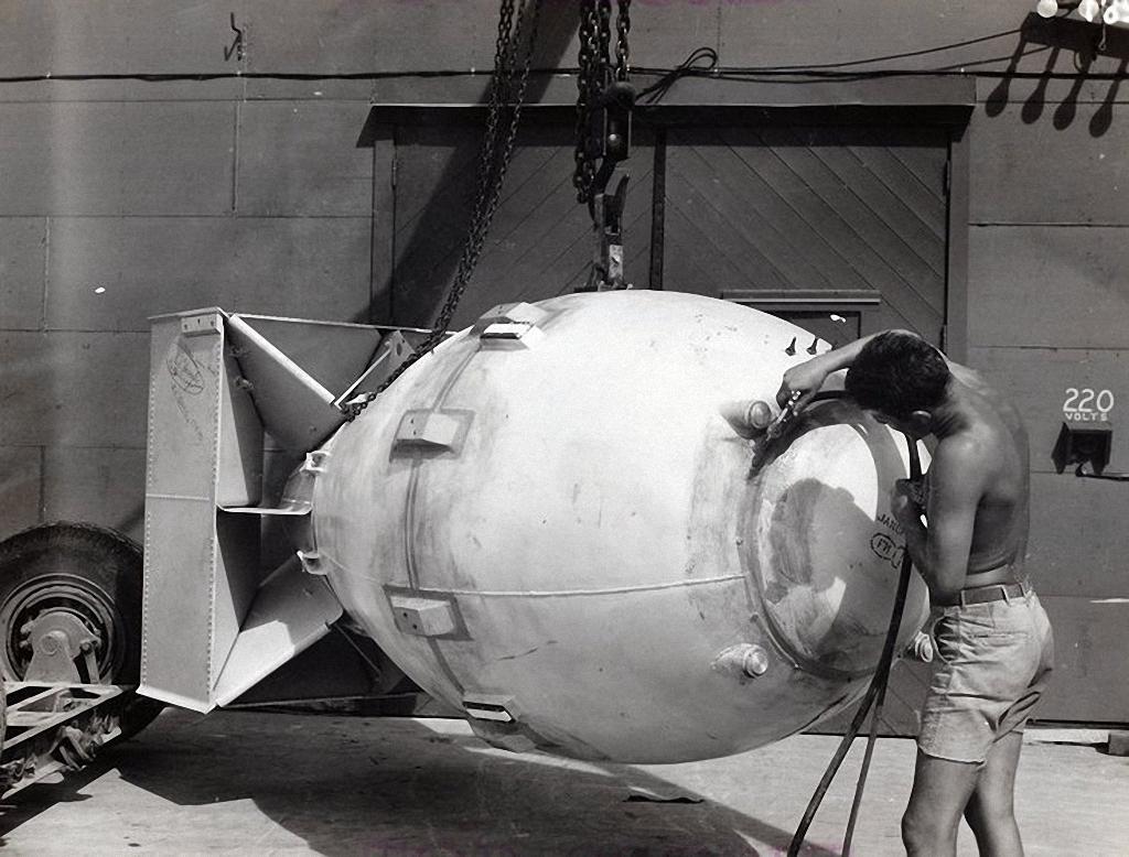 За несколько часов до бомбардировки Хиросимы и Нагасаки-3