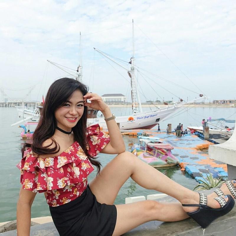 Жительница Индонезии поразила интернет своим возрастом в мире, внешность, возраст, индонезия, люди