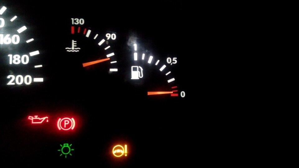 Почему бензин с одной АЗС расходуется быстрее, чем с другой? Ответ сотрудника НПЗ. авто и мото,водителю на заметку