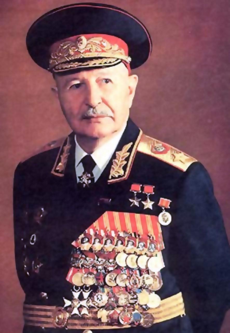 Наш герой маршал Баграмян, а…