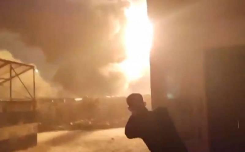 Неизвестные силы уничтожили нефтезаводы в провинции Алеппо