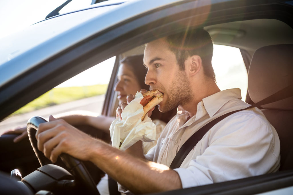 Картинки с мужчиной в машине