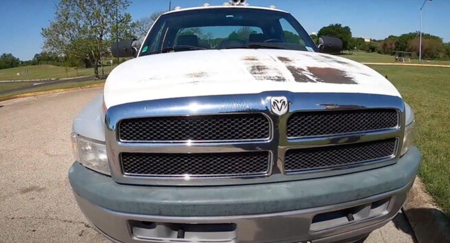 В США нашли долговечный Dodge Ram 3500 Автомобили
