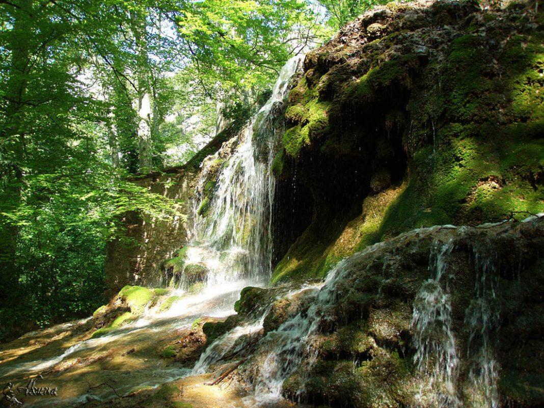 Фото смольных водопадов расхожее мнение