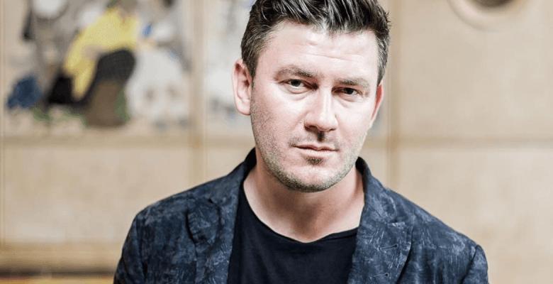 Интервью с Дмитрием Глуховск…